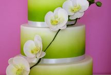 Coloured wedding cakes