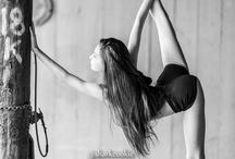 Danceuse / Tableau avec différentes danseuses