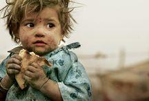 Armoede - POVERTY - Children from the street / ellende in de wereld, vooral van kinderen en ouderen, ook van gezinnen, vrouwen