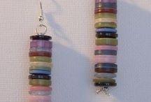 orecchini di bottoni