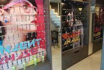 Sangli Store Maharashtra / A look at the extensive range of eyewear available at the stylish Lenskart store in Sangli, Maharashtra.