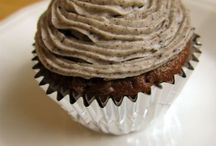 Cupcakes / by Stevie Robison