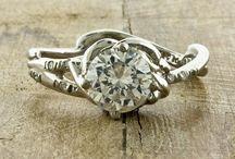 Jewellery / by Kate Cusworth