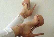 Παπουτσαρες! ❤