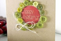 Christmas cards using buttons / .