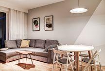 Perfect Space, 2-pokojowy apartamencik / Godne podziwu mieszkanie dla dwójki młodych ludzi. Fenomenalną robotę robią tutaj płytki oraz duża ilość zabudowań stolarskich. Również sam klimat wprowadzony przez właścicieli zasługuje na docenienie.
