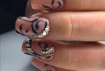 Νυφικά νύχια