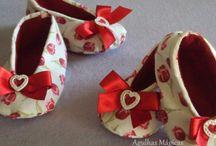 Sapatinhos de tecidos Bebê