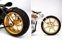 trikers & motos