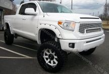2014 TOYOTA TUNDRA DBL CAB / Complete Customization of this 2014 Toyota Tundra Double Cab truck!!