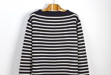 SAILOR Stripes / The traditional sailor sweater with a twist. The striped pattern comes in two variations, either white stripes on dark blue ground or vice versa. Chic and timeless but also functional – it is symmetrical, which means you will never have to stress about finding the front side again.