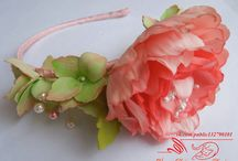 заколки, сделанные моими лапками. цветы из фоамирана.