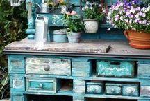 antikolt bútorok