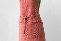 Linen kitchen aprons / Wide range of kitchen aprons created for women, men and kids.