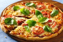 Gluten Free Pizza / by Gluten Freely
