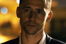 hiddleston smile