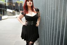 Ways to be · Curvy and goth
