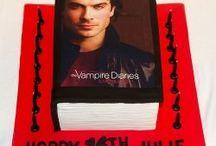 vampire diaries cakes