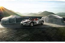 Nuevos 718 Cayman y Boxster / Nuestros deportivos con motor central alcanzan el futuro inspirándose en su legendario pasado. Los nuevos 718 Boxster y 718 Cayman llevarán en 2016 esta denominación histórica, junto con los nuevos motores bóxer turbo de 4 cilindros que tantas alegrías nos han dado en los circuitos. Nuestros orígenes vuelven a inspirar nuestros sueños http://www.porsche.com/specials/es/spain/718/