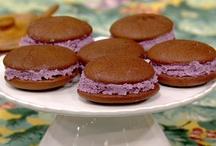 Yummmy sweets! / by Vicki Popp