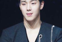 (MX)Son Hyunwoo