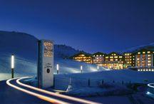 HOTEL ZÜRSERHOF *****S / HOTEL ZÜRSERHOF *****S Leading Spa Resort   Tirol   Österreich  Zürs 75   6763 Zürs am Arlberg Tel.: +43 5583 2513-0   Fax: +43 5583-316-5  Einzigartiges Ski- und SPA Resort für anspruchsvolle Gäste.
