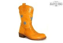Zecchino D'Oro / Trendy kinderschoenen van het merk Zecchino D'Oro bestelt u nu online via maximeschoenen.nl. Niet goed? Geld terug!