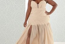 Dresses for curves / Be elegant and sexy for a reception with your curves.