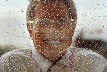 Gesicht im Regen