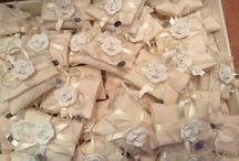 Special occasions: favors and cards
