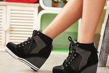 Shoes/heels
