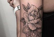 Tattoo Frauen Oberarm