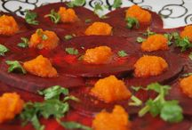 Beetroot Carpaccio with Orange Bell Pepper Ginger Sauce / This Raw Vegan Beetroot Carpaccio is perfect to surprise friends and family with a super simple appetizer that looks beautiful and tastes delicious.