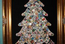 Vintage Bling Christmas Trees / Christmas Trees from junk jewelry