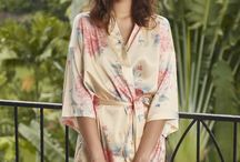Wild Hydrangeas Kimono Robe / These are statement robes for special occasions.  Our talented illustrator Bryony Fripp has designed these dreamy prints exclusively for our Mariposa Classics Collection.  Stunning pieces for those beautiful getting ready photos makes a great addition for any bridal party on the big wedding day or to pack for your romantic honeymoon getaway.   They also make perfect gifts for a birthday, baby shower or a girls weekend away.