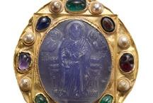 historical jewellery & art