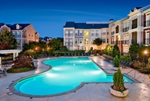 AMLI at Milton Park / Enjoy nature with easy access to city life at AMLI at Milton Park's Alpharetta apartments. Here we offer beautiful views of our central lake and are strategically located near jogging trails connected to Big Creek Greenway.