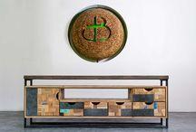 Merk | d-BODHI / Elk meubelstuk van d-Bodhi wordt op duurzame wijze handgemaakt in Indonesië. Alle producten worden in-house ontworpen door een team van getalenteerde Indonesische designers. De meubels kenmerken zich door design, kwaliteit, diversiteit en een exclusieve uitstraling. In elk meubelstuk staat het originele d-Bodhi logo. Zo weet je zeker dat je meubel een d-Bodhi is, de enige echte!