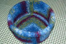 Knitting / Fingering weight, DK weight, wool, alpaca, linen.... If it's yarn.... I'm lovin' the feelin' between my fingers :)