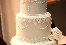 Amazing Wedding Cakes / Beautiful wedding cake designs that are timeless and classic!