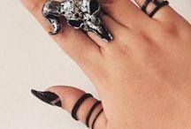 goth nails