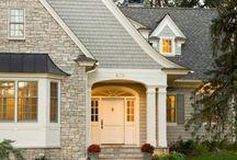 ブリックタイル / 外壁にブリックタイルを使う事でタイルの熟成と建物への愛着が年々深くなっていく。