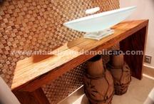 Móveis Rústicos / A decoração com móveis rústicos está em alta. Seu diferencial é a capacidade de tornar o ambiente mais aconchegante, remetendo a um clima natural de fazendas ou campo
