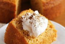 Angel Food Cake Recipes: A Slice of Heaven / Delicious recipes celebrating Angel Food Cake Day! Be warned, some of these will be a sin to eat!