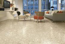 Tegelhuys ☼ Terrazzo en granito vloertegels / Terrazzo kan ter plekke gestort worden al vloer. Dit is arbeidsintensief en vrij prijzig. Er zijn echter ook tegels die op dezelfde wijze geproduceerd worden en worden gelegd als tegelvloer. Voorbeelden hiervan ziet u op dit bord.