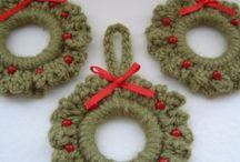 Κρίκοι- στολίδια Χριστουγεννιάτικα, κ.α.. / Ιδέες με Χριστουγεννιάτικα στολίδια και άλλες χειροτεχνίες. .Γιούλη Μαραβέλη-Βελισσαρίου 13-Χαλκίδα.Τηλ:2221074152.