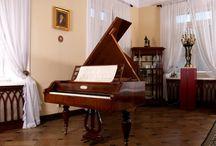 Piano ( Alcatraz)