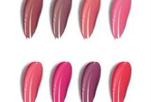 COLOUR SWATCHES / Create your own custom-blend lipstick at @theliplab #theliplab