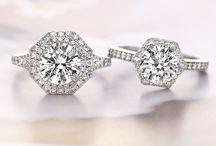 Engagement rings / by Emmalee Pierce