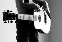 People & Guitars